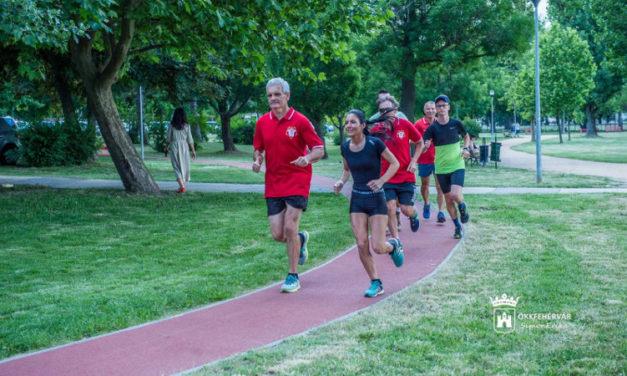 Ingyenes futóedzések a Haleszban és a Palotavárosi Tavaknál