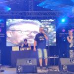 Tele élettel: dalpremier és koncert a Köfémben