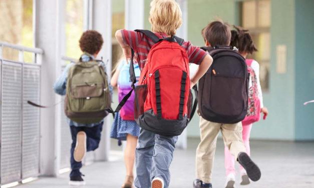 80 gyermek iskolakezdését segítik