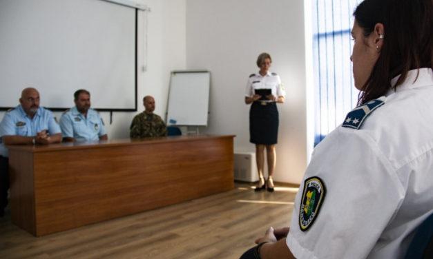 Elismerések és jutalmak átadása a Gárdonyi Rendőrkapitányságon