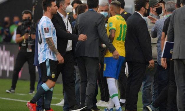 Botrány! A brazil-argentin meccs közben a pályáról akartak karanténba vinni több játékost!